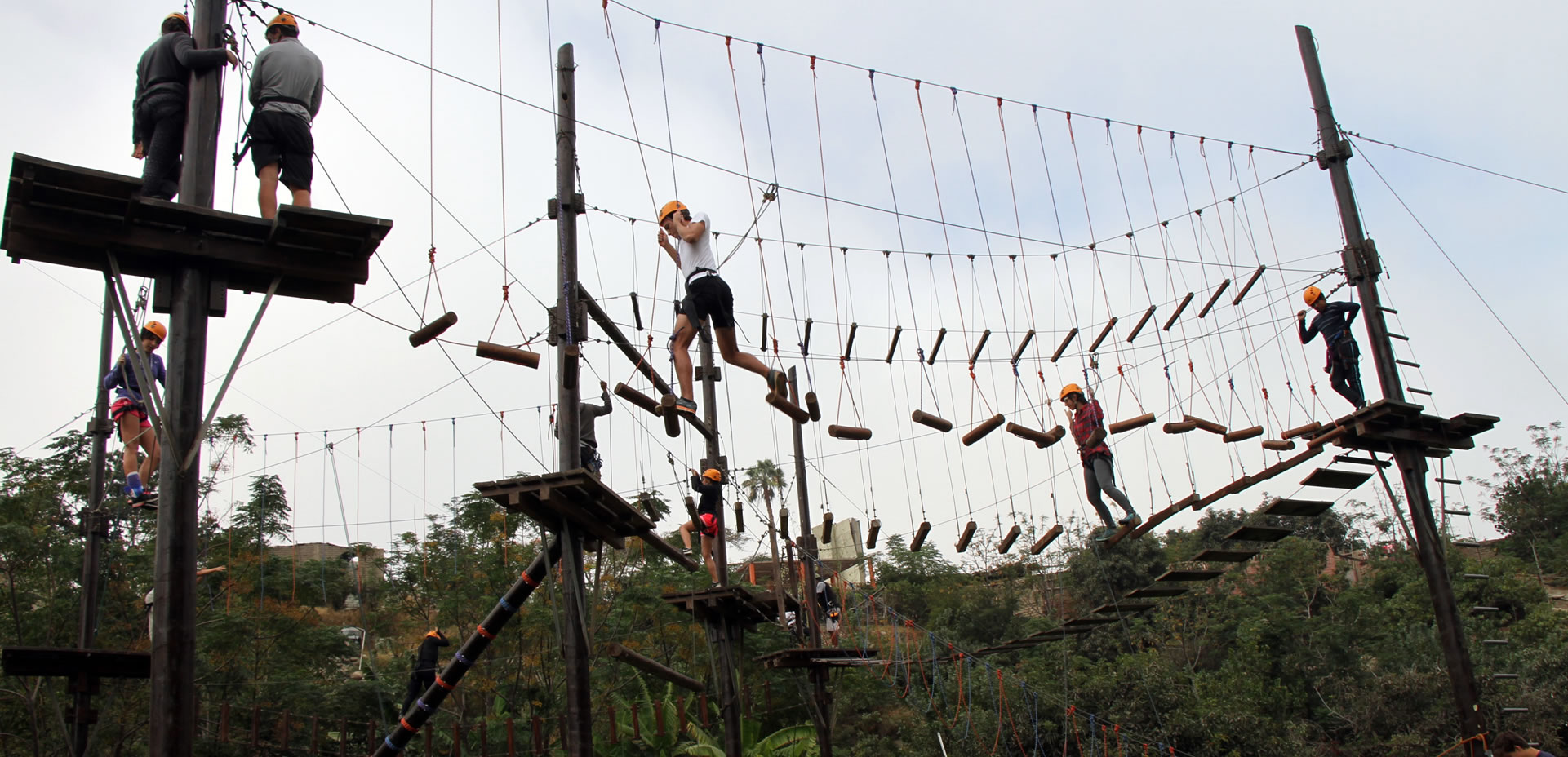 CAMPO DE CUERDAS / HIGH ROPE COURSES